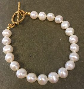 Pearl Knotted -Bracelet